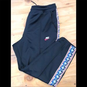 Nike Side Snap Joggers size Small